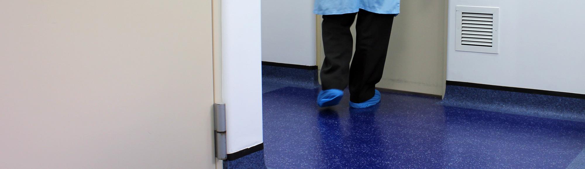 Decontamination Floor Mats for Biomedical Facilities 5